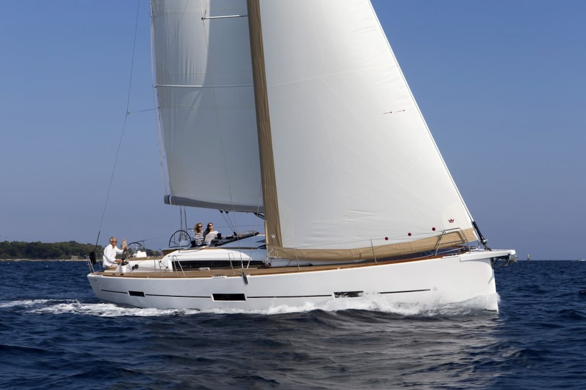 DUFOUR 460 GRAND LARGE | LB Yachting